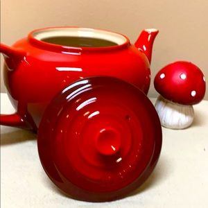 Other - LE CREUSET Red Stoneware Teapot